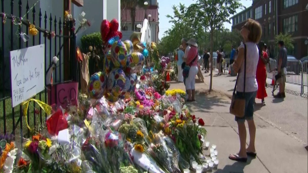 Charleston honors the nine lives lost at Mother Emanuel AME five years ago. (Source: CNN)